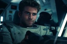 Liam Hemsworth Stars In New Independence Day: Resurgence Trailer