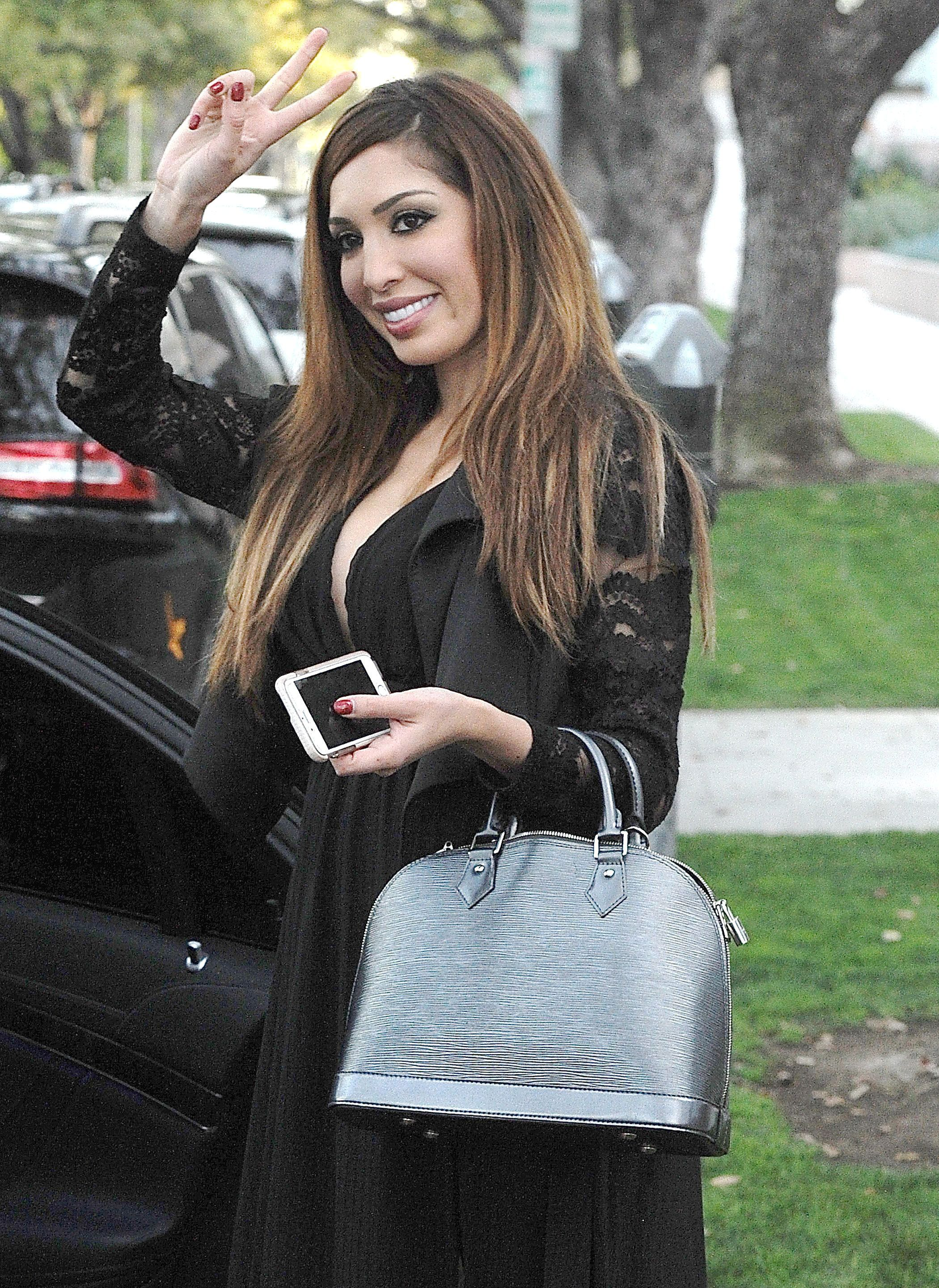 Teen Mom: Fans Want Farrah Abraham Locked up After She
