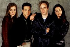 """Cast Of """"Go"""": How Much Are They Worth Now?"""