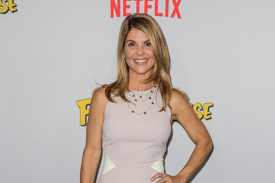 Lori Loughlin's Attorney Claims That The FBI Told Rick Singer To Lie About Her Knowledge