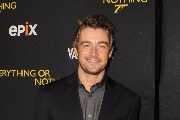 Things You Might Not Know About OTH Star Robert Buckley