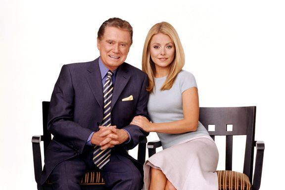 Kelly Ripa Reveals Why Regis Philbin Wouldn't Talk To Her Off-Air