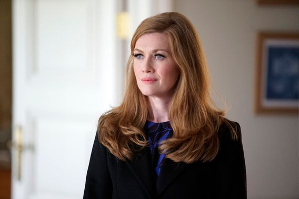 8 Things To Know About Shonda Rhimes' New Show The Catch