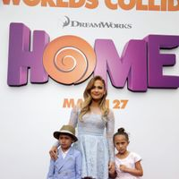 15 Celebrities Who Don't Use Nannies