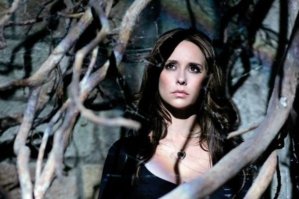 Cast Of Ghost Whisperer: How Much Are They Worth Now?