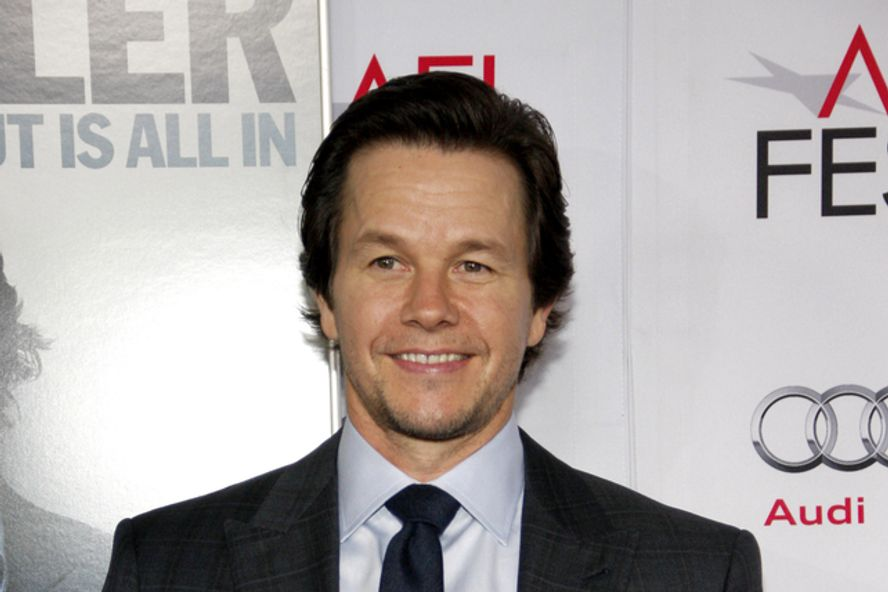 Mark Wahlberg Hilariously Embarrasses His Daughter By Rapping