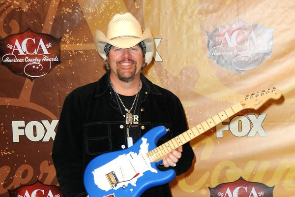 10 Things You Didn't Know About Toby Keith