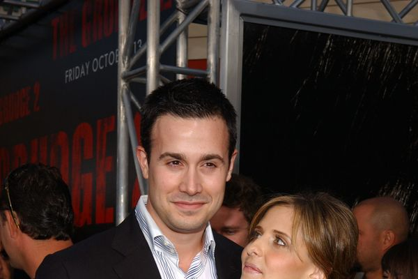 Things You Might Not Know About Freddie Prinze Jr. And Sarah Michelle Gellar's Relationship