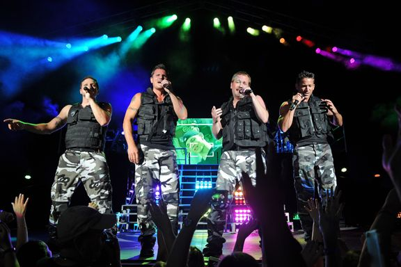 9 Things You Didn't Know About 98 Degrees