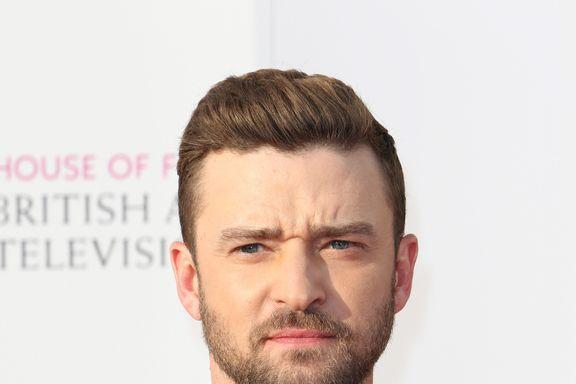 """Justin Timberlake And Alisha Wainwright Are """"Just Friends"""" Amid Hand Holding At Bar"""