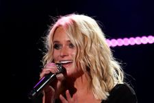 """Miranda Lambert Admits Being """"Nervous"""" About Being So Honest In New Music"""