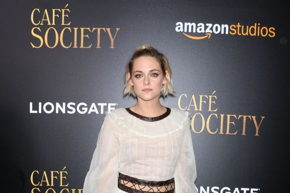 "Kristen Stewart Says Relationship With Robert Pattinson Was A ""Product"""