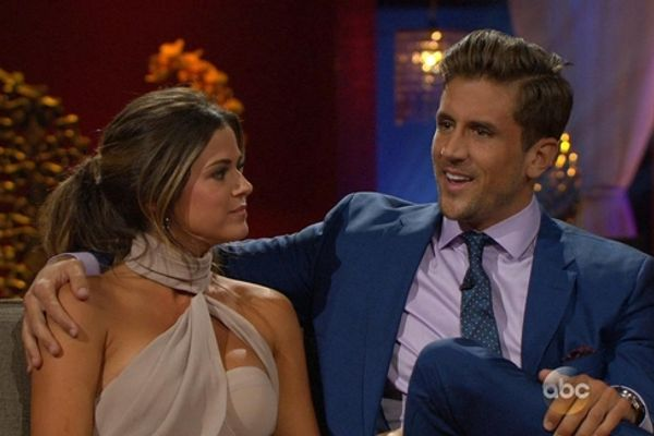 Bachelor/Bachelorette: 9 Most Awkward After The Final Rose Moments