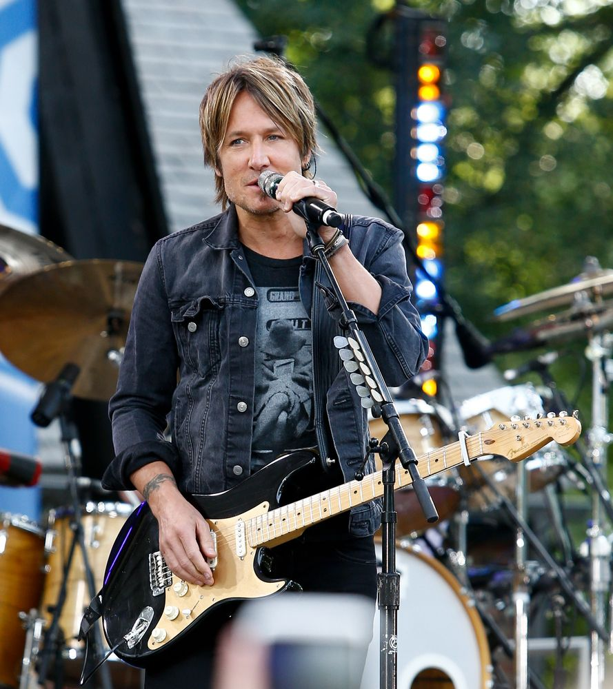 Things You Might Not Know About Keith Urban - Fame10