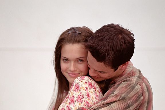 Mandy Moore Reveals 'A Walk To Remember' Reunion Is In The Works