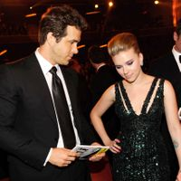 Things You Didn't Know About Scarlett Johansson And Ryan Reynolds Relationship