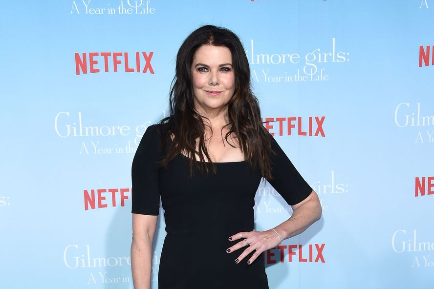 Lauren Graham Cast As Lead In 'The Mighty Ducks' New TV Show For Disney+