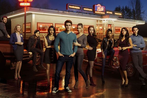 Reasons You Should Watch 'Riverdale'