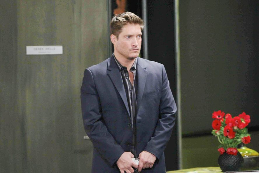 B&B's Sean Kanan Fires Back At Angry Viewer With Hilarious Tweet