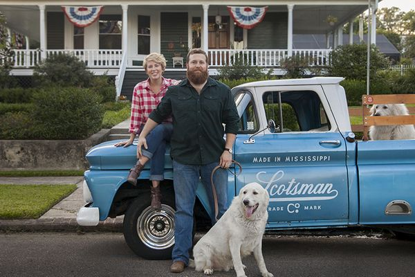 10 Things You Didn't Know About HGTV's 'Home Town'