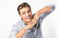 Dean Unglert Speaks Openly With Kristina Schulman About Their Struggles On Paradise