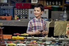 The First Trailer For 'Big Bang Theory' Spinoff 'Young Sheldon' Is Here