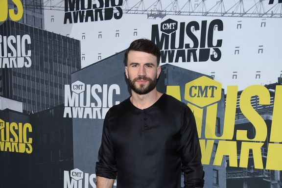 """Sam Hunt Apologizes For His """"Poor And Selfish Decision"""" After His Arrest"""
