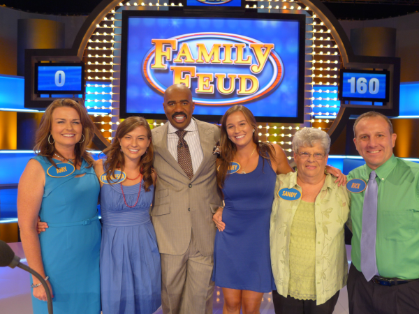 8 Things You Didn't Know About 'Family Feud' - Fame10