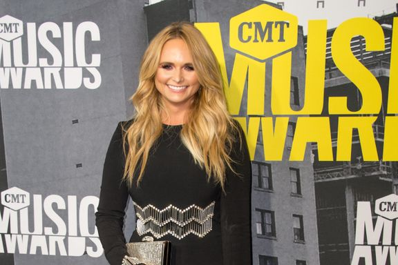 Miranda Lambert Helps Rescue Over 200 Dogs From Hurricane Harvey