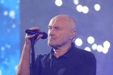 Phil Collins Was Hospitalized And Forced To Postpone London Concerts
