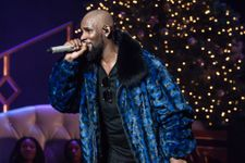 R. Kelly Responds To Allegations That He Is Abusing And Holding Women In His Home