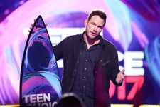Chris Pratt Makes First On-Stage Appearance After Anna Faris Split