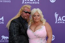 """Duane """"Dog The Bounty Hunter"""" Chapman Denies Dating Late Wife Beth's Former Assistant As Daughter Calls Her Out"""