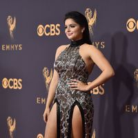 Emmy Awards 2017: 5 Worst-Dressed Stars