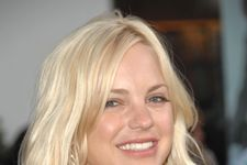 """Anna Faris Tweets That She And Her Family """"Were Saved From Carbon Monoxide"""" Over Thanksgiving"""