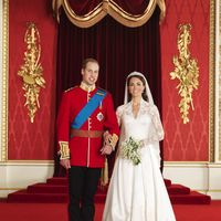 Hidden Details On Kate Middleton's Wedding Dress You Probably Didn't Know About
