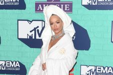 Rita Ora Just Wore A Full Out Bathrobe On The Red Carpet