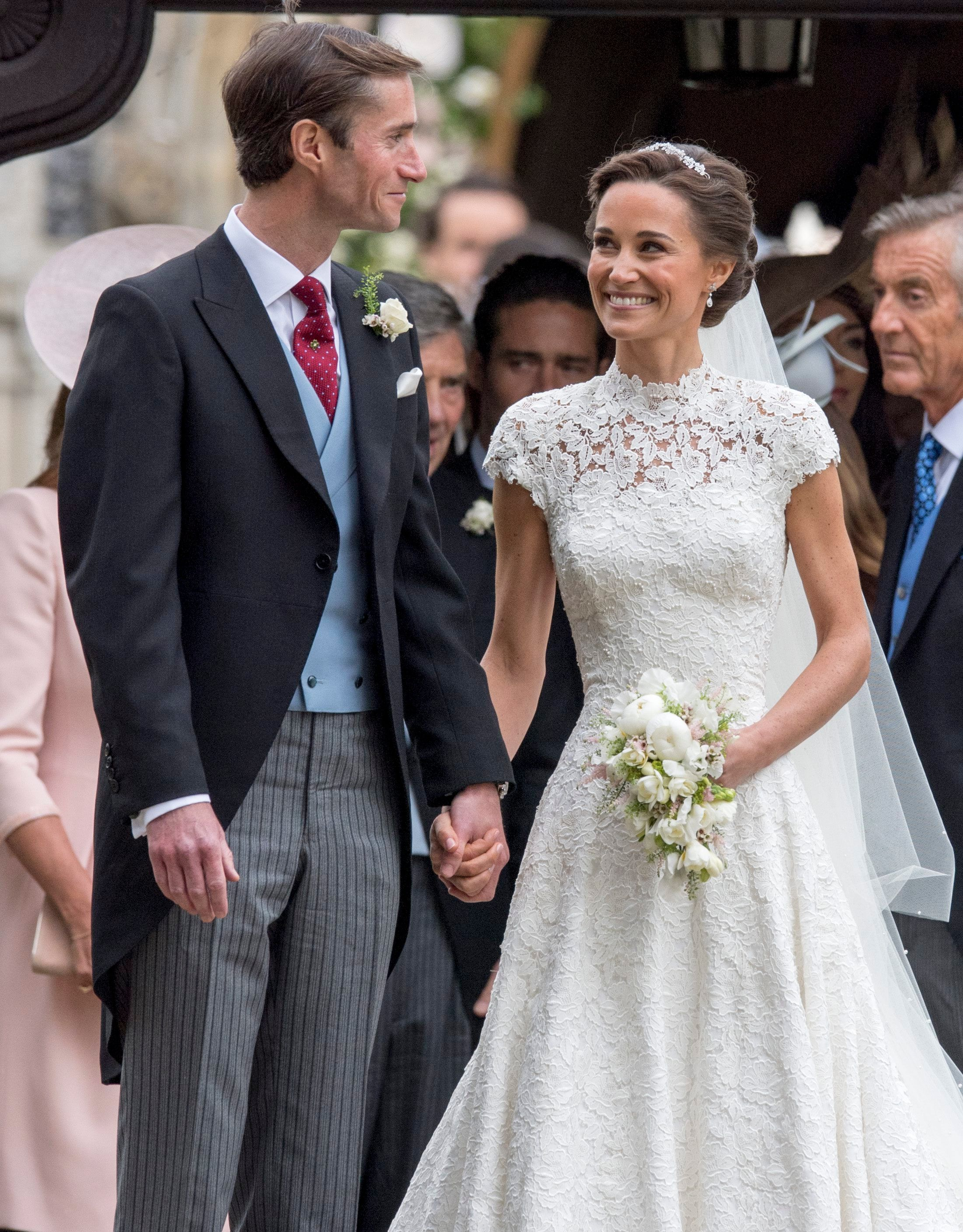 Hidden Details On Pippa Middleton's Wedding Dress You Didn't Know About - Fame10