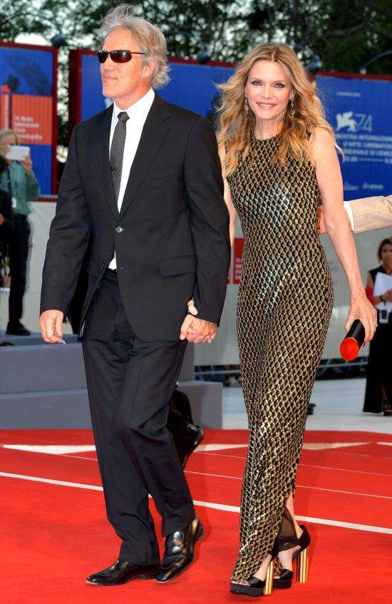 Things You Might Not Know About Michelle Pfeiffer And David E Kelley S Relationship Fame10 Michelle pfeiffer, 59, makes very rare appearance with both her husband david e kelley and daughter claudia rose in nyc. michelle pfeiffer and david e