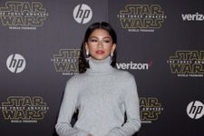 Zendaya Just Stepped Out In A Show Stopping Metallic Dress