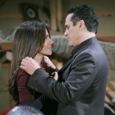 Soap Opera Couples Fans Don't Want To See Get Back Together