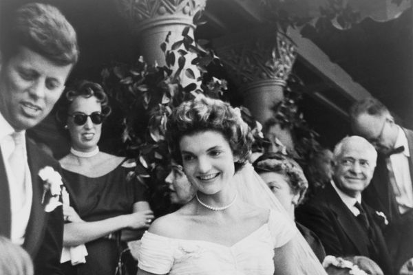 14 Hidden Details On Jackie Kennedy's Wedding Dress You Didn't Know About