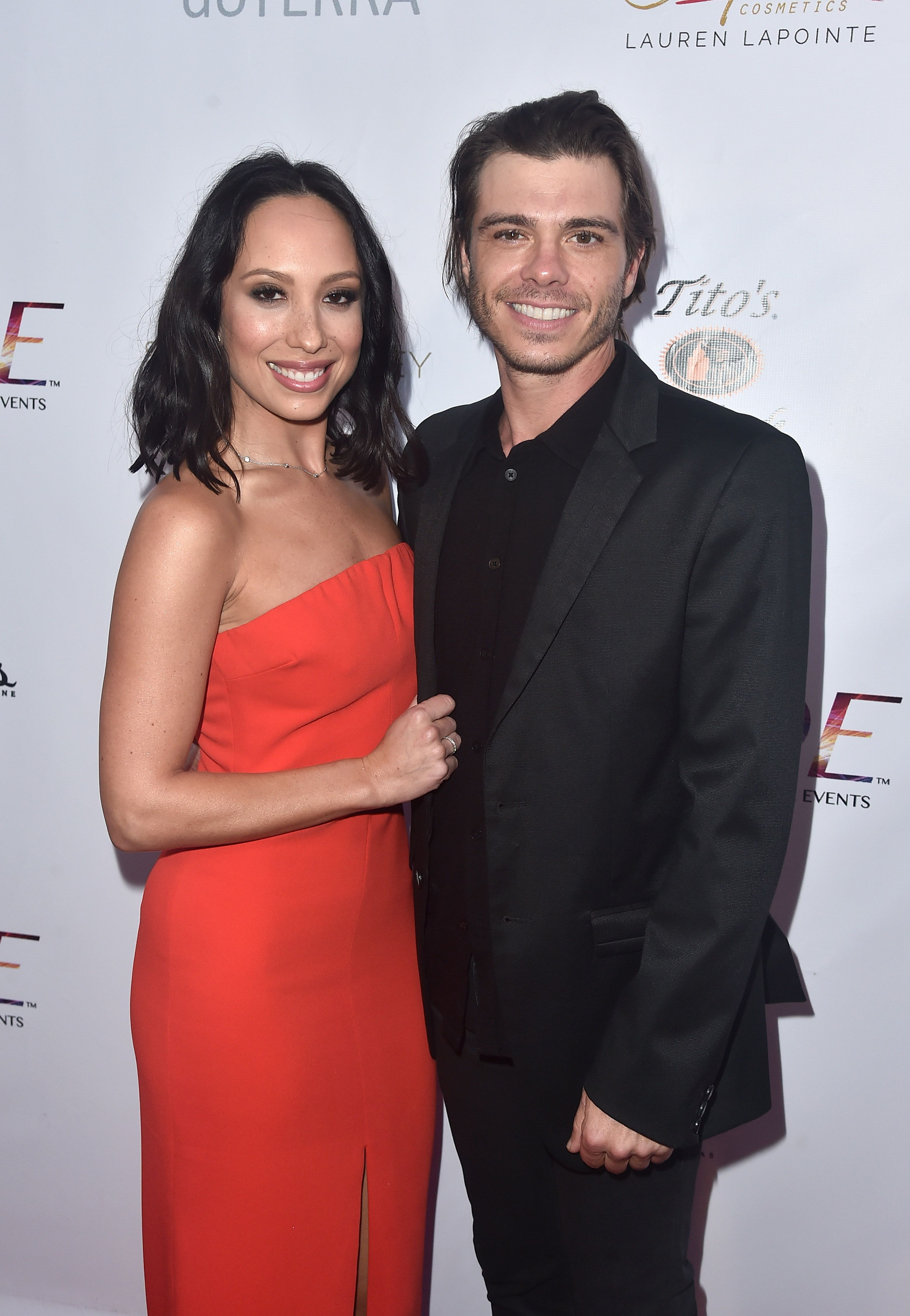 Dancing With The Stars' Cheryl Burke And Boy Meets World's Matthew Lawrence Are Married - Fame10