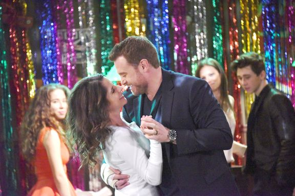 12 General Hospital Couples Fans Didn't See Coming