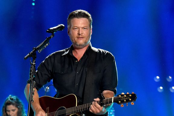 Blake Shelton Snaps Back At Fan Who Called Him Out For Being Drunk On Stage