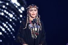 """Viewers Are Not Impressed With Madonna's """"Self-Indulgent"""" Aretha Franklin Tribute At VMAs"""