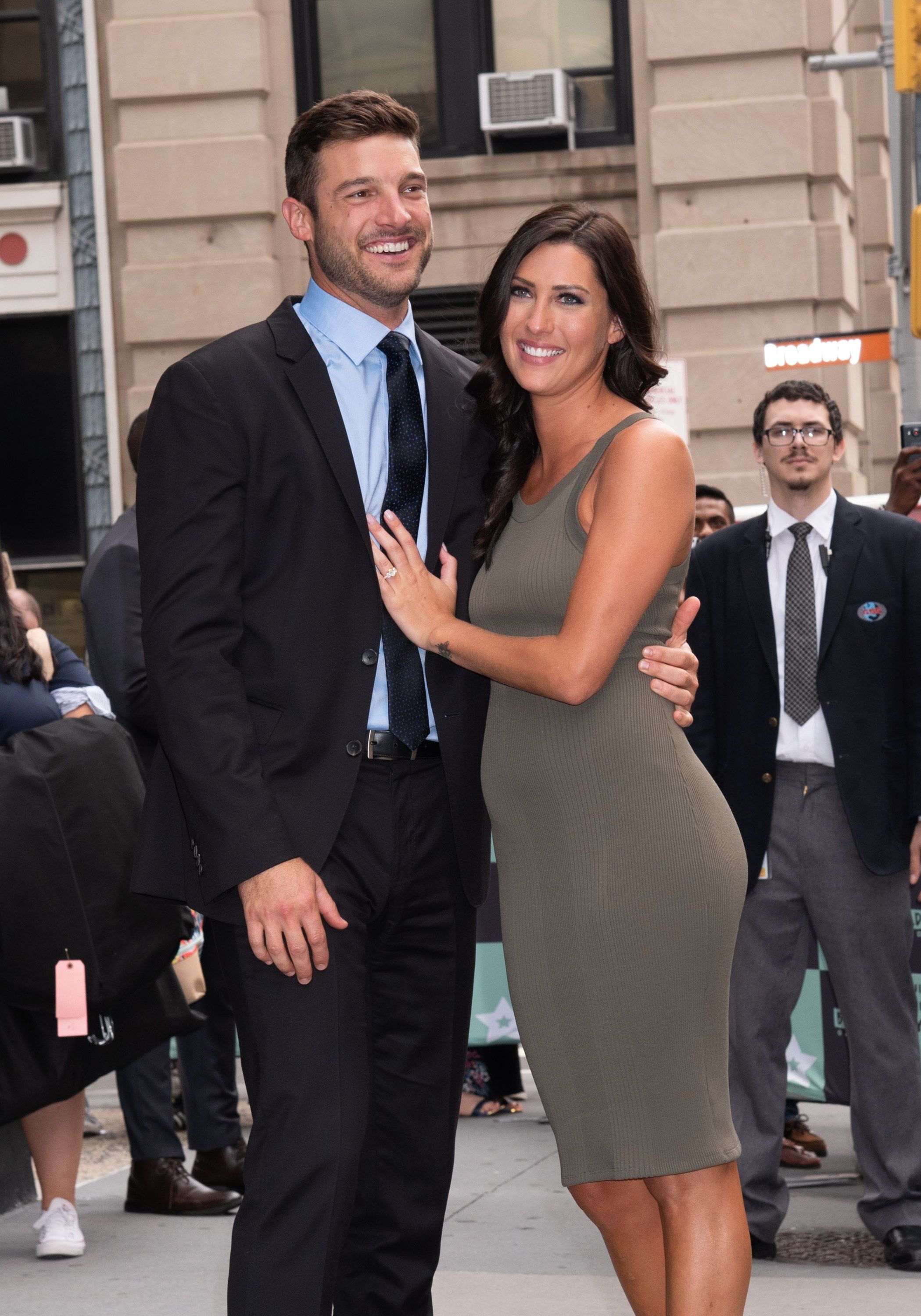 The Bachelorette's Engagement Rings: How Much Are They Worth? - Fame10