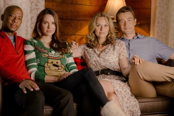 Everything To Know About Lifetime's One Tree Hill Christmas Reunion Special
