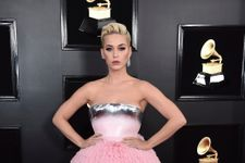 Katy Perry Looks Like A Barbie Doll At The Grammys