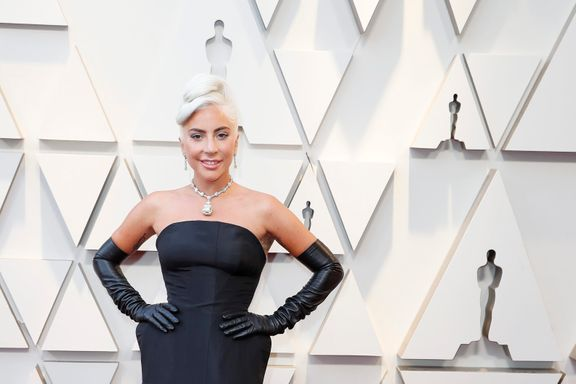 Lady Gaga Just Channeled Breakfast At Tiffany's At The 2019 Oscars